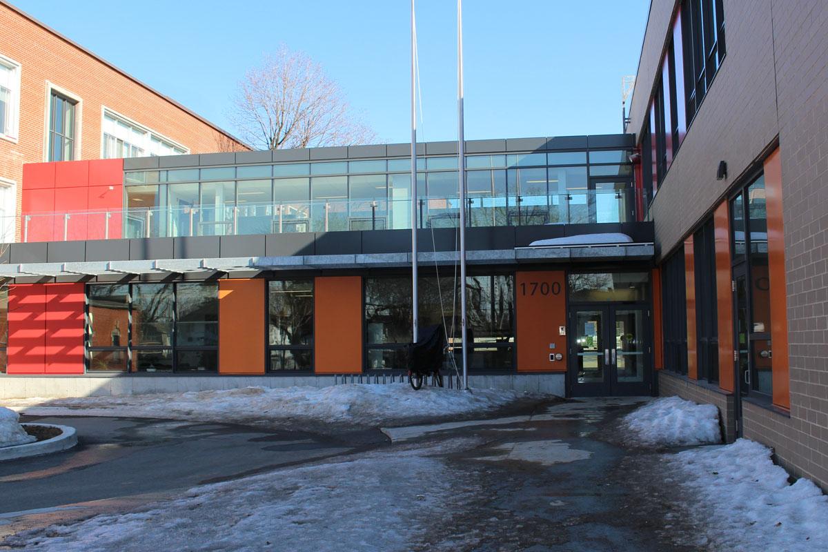 Agrandissement-de-ecole-primaire-Katimavik-Hebert-1