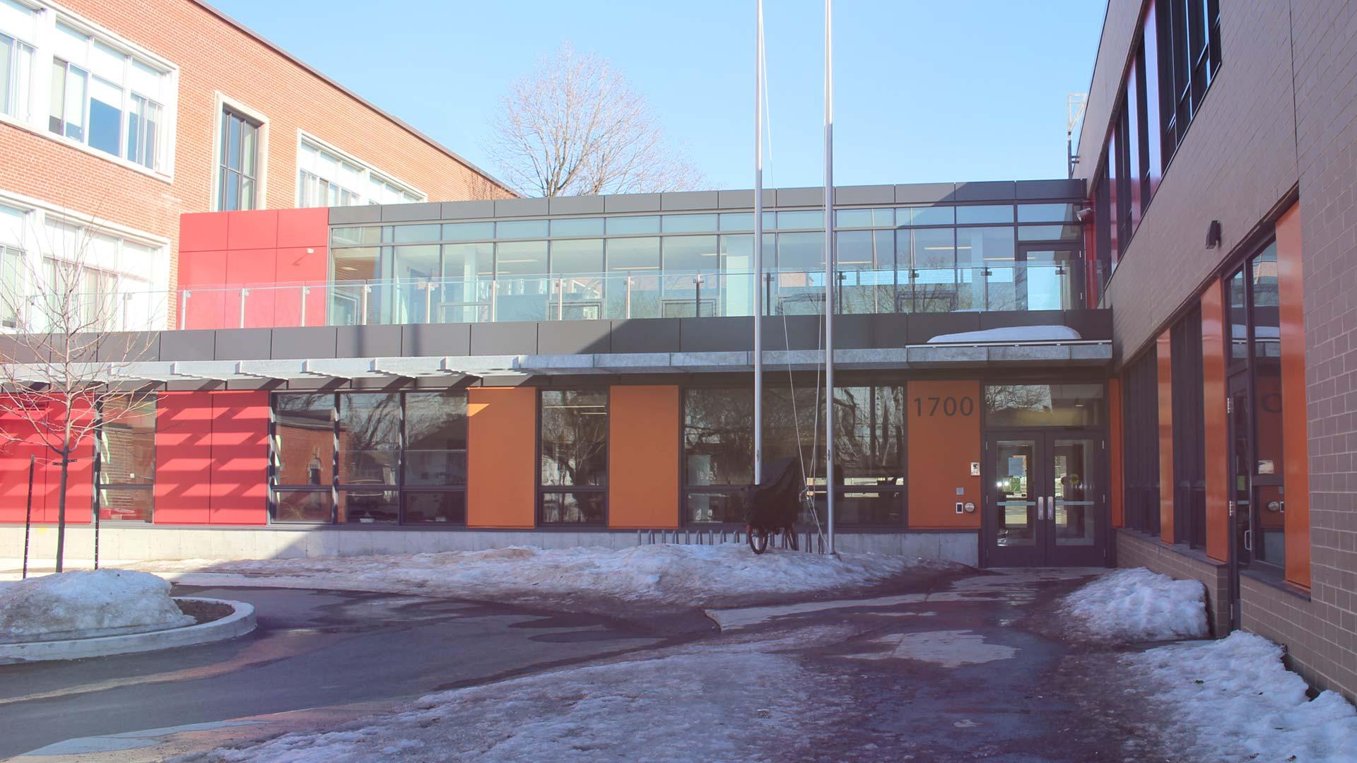 Agrandissement-de-ecole-primaire-Katimavik-Hebert-entete